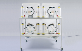 Class Biologically Clean quad, flexible film isolator system is our four independent isolators in one footprint that allows you to conduct four different experiments at one time.