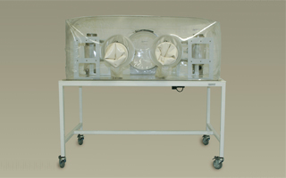 Class Biologically Clean single-tier, flexible film isolator system for gnotobiotic animal research.